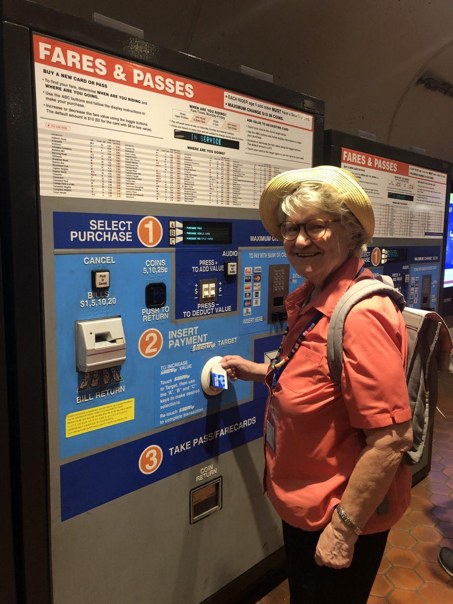 Jane using the DC Metro Fare Machine